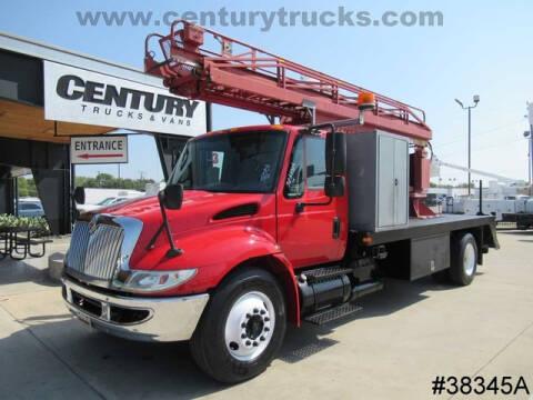2003 International DuraStar 4300 for sale at CENTURY TRUCKS & VANS in Grand Prairie TX
