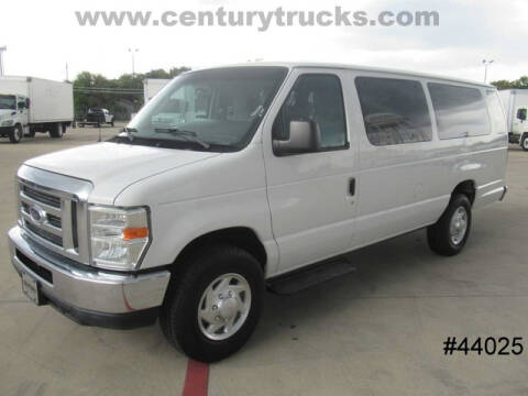2012 Ford E-Series Wagon for sale at CENTURY TRUCKS & VANS in Grand Prairie TX