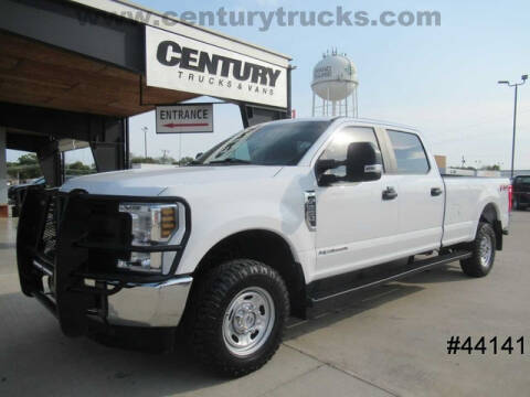 2019 Ford F-250 Super Duty for sale at CENTURY TRUCKS & VANS in Grand Prairie TX