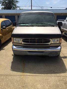 2002 Ford E-Series Wagon for sale in Portsmouth, OH