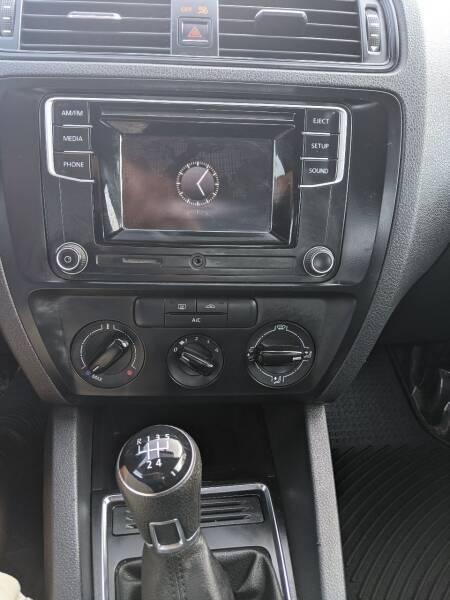 2016 Volkswagen Jetta 1.4T S 4dr Sedan 5M - National City CA