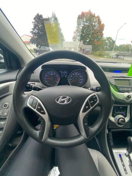 2012 Hyundai Elantra GLS 4dr Sedan 6A - Westfield MA