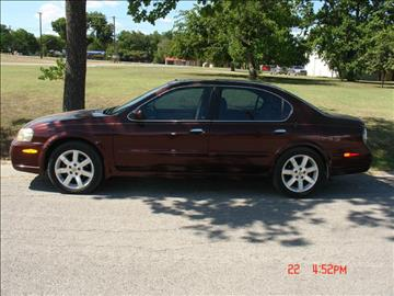2002 Nissan Maxima for sale at K D AUTO SALES in New Braunfels TX
