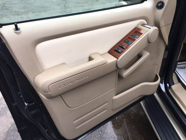 2007 Ford Explorer Eddie Bauer 4dr SUV 4WD V6 - Winchester MA