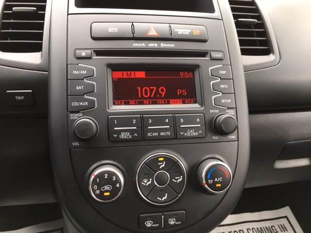 2013 Kia Soul 4dr Wagon 6A - Winchester MA
