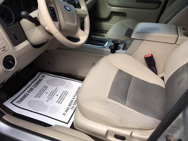 2008 Ford Escape AWD XLT 4dr SUV V6 - Winchester MA