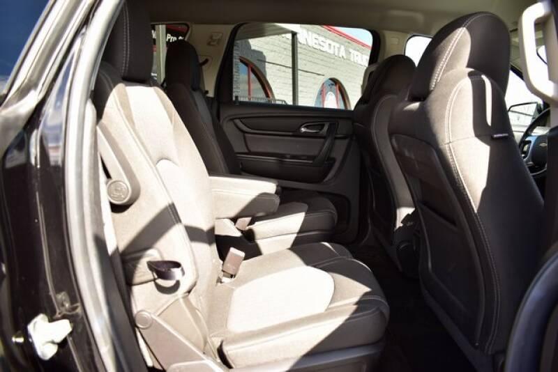 2016 Chevrolet Traverse LT (image 40)