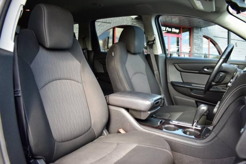 2016 Chevrolet Traverse LT (image 43)