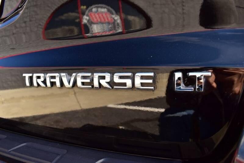 2016 Chevrolet Traverse LT (image 15)