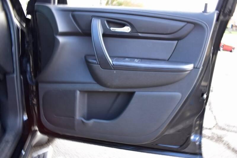 2016 Chevrolet Traverse LT (image 47)