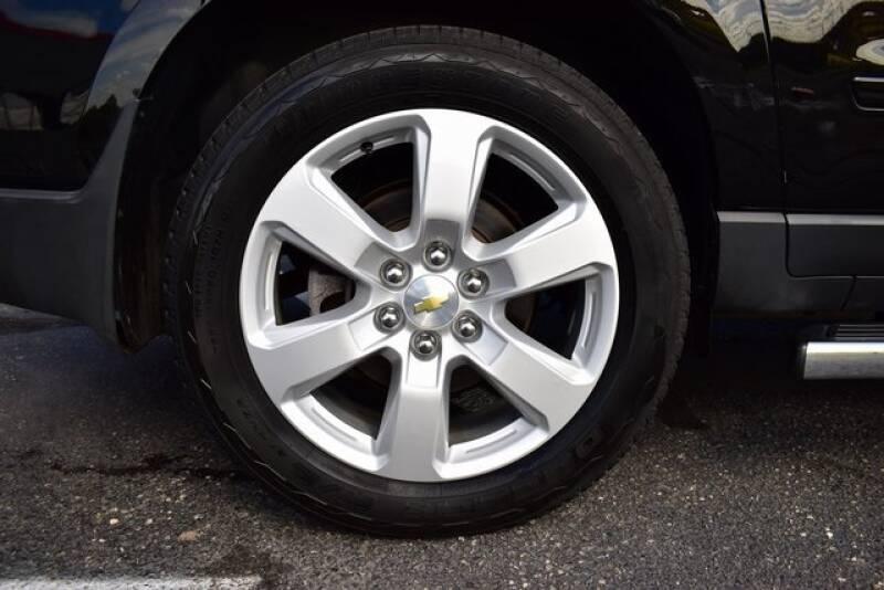 2016 Chevrolet Traverse LT (image 9)