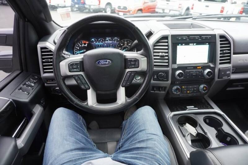 2018 Ford F-250 Super Duty (image 81)