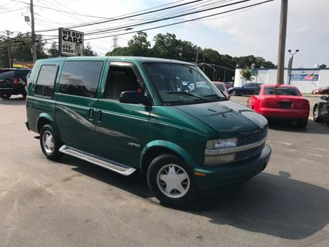2000 GMC Safari for sale in Centereach, NY