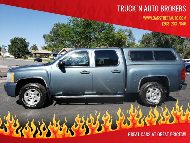 2009 Chevrolet Silverado 1500 for sale at Truck 'N Auto Brokers in Pocatello ID