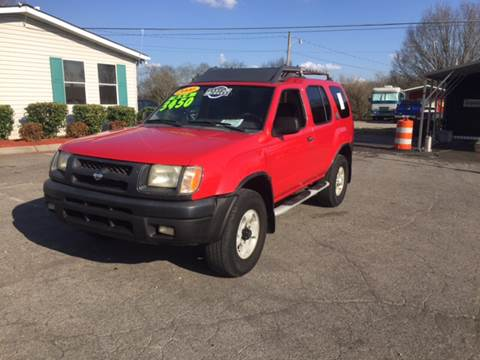 2000 Nissan Xterra for sale at Unique Auto Sales in Knoxville TN