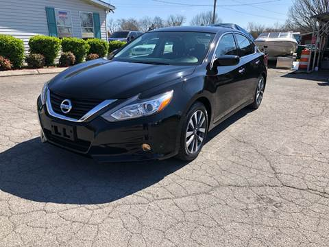 2017 Nissan Altima for sale in Knoxville, TN