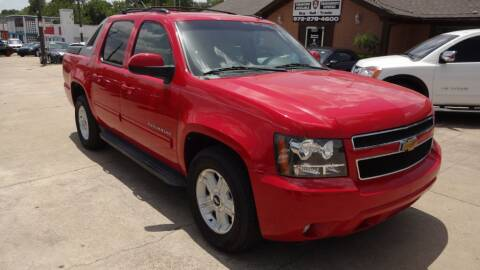 2011 Chevrolet Avalanche for sale at Safeen Motors in Garland TX