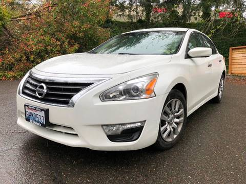 2013 Nissan Altima for sale at Exotic Motors in Redmond WA