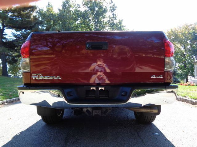 2008 Toyota Tundra Limited 4x4 Pickup Crewmax 4dr In