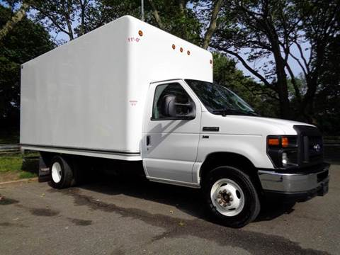 2015 Ford Econoline Commercial Cutaway for sale at RT 130 Motors in Burlington NJ