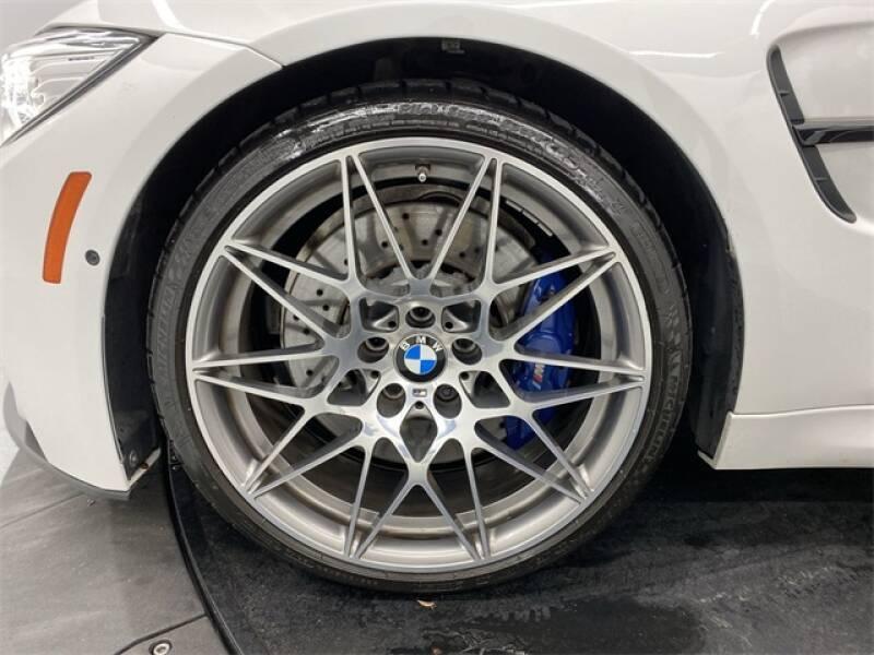 2017 BMW M3 (image 18)