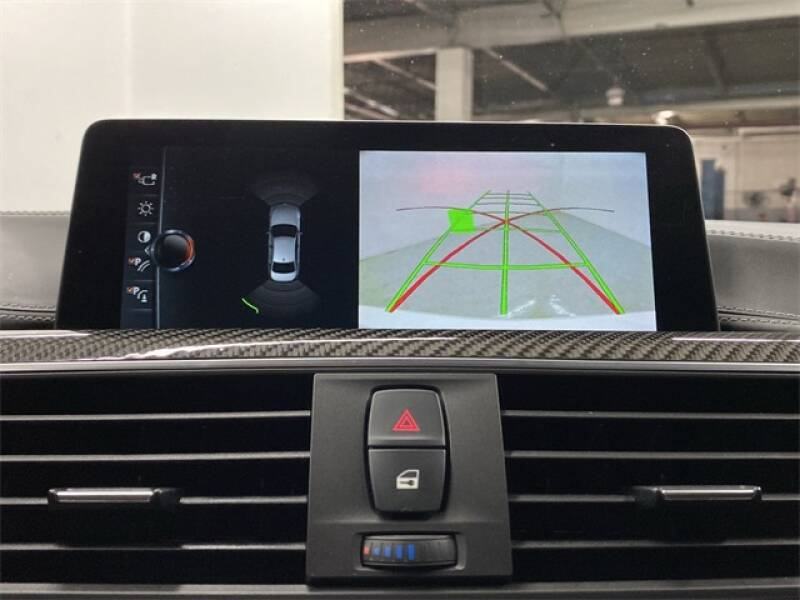 2017 BMW M3 (image 10)