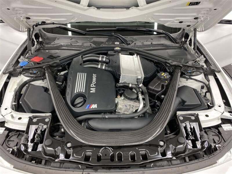 2017 BMW M3 (image 17)