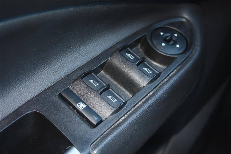 2018 Ford Escape SE (image 21)