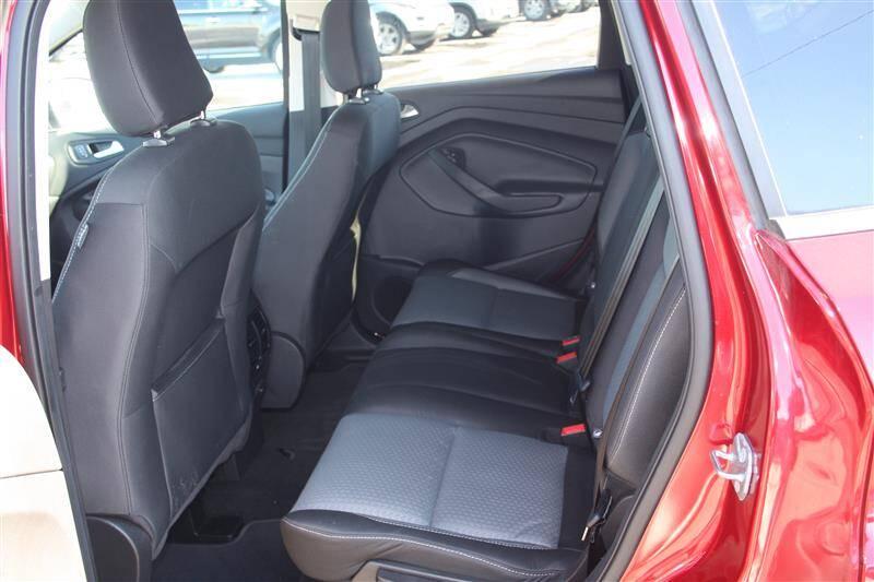 2018 Ford Escape SE (image 9)