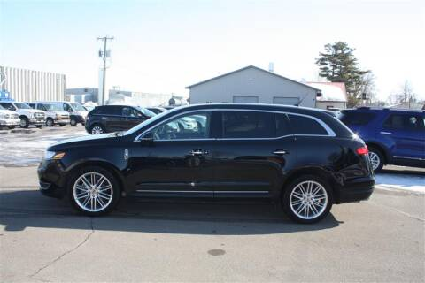 2019 Lincoln MKT Reserve for sale at SCHMITZ MOTOR CO INC in Perham MN