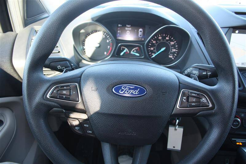 2017 Ford Escape SE (image 18)