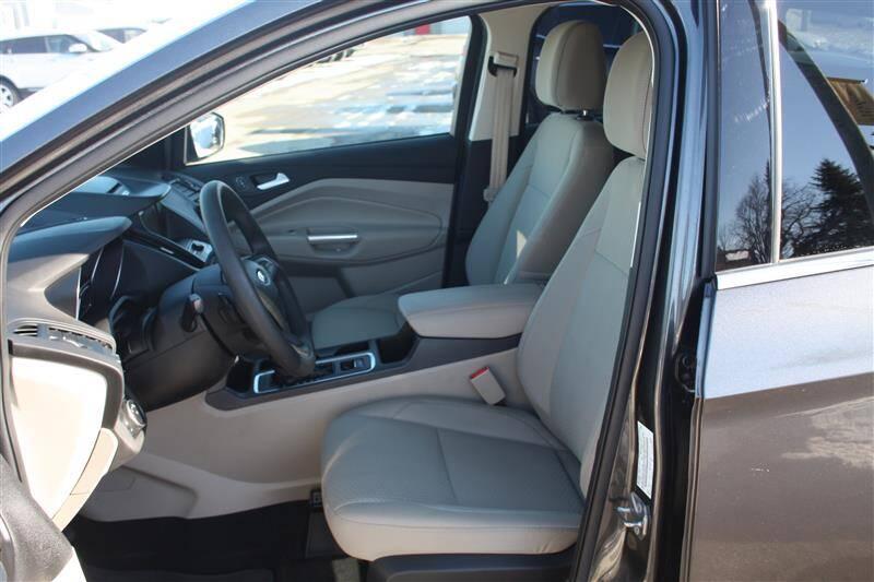 2017 Ford Escape SE (image 7)