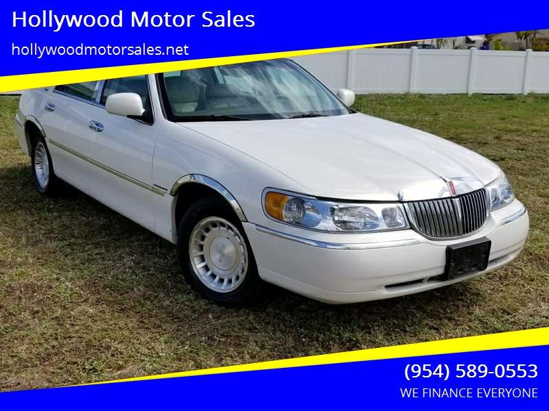 2002 Lincoln Town Car Executive 4dr Sedan In Hollywood Fl