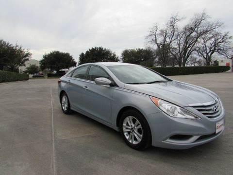 2013 Hyundai Sonata for sale at Auto Genius in Dallas TX
