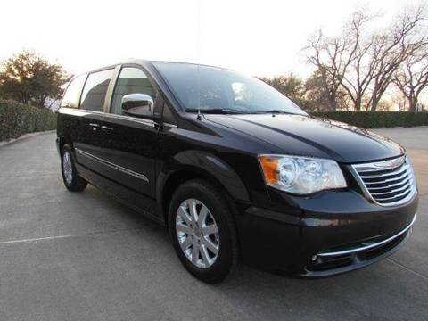 2011 Chrysler Town and Country for sale at Auto Genius in Dallas TX