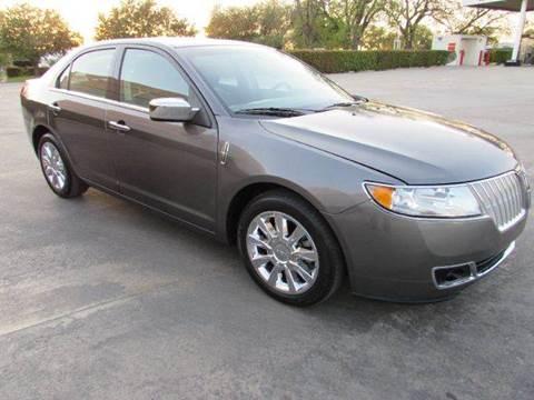 2012 Lincoln MKZ for sale at Auto Genius in Dallas TX