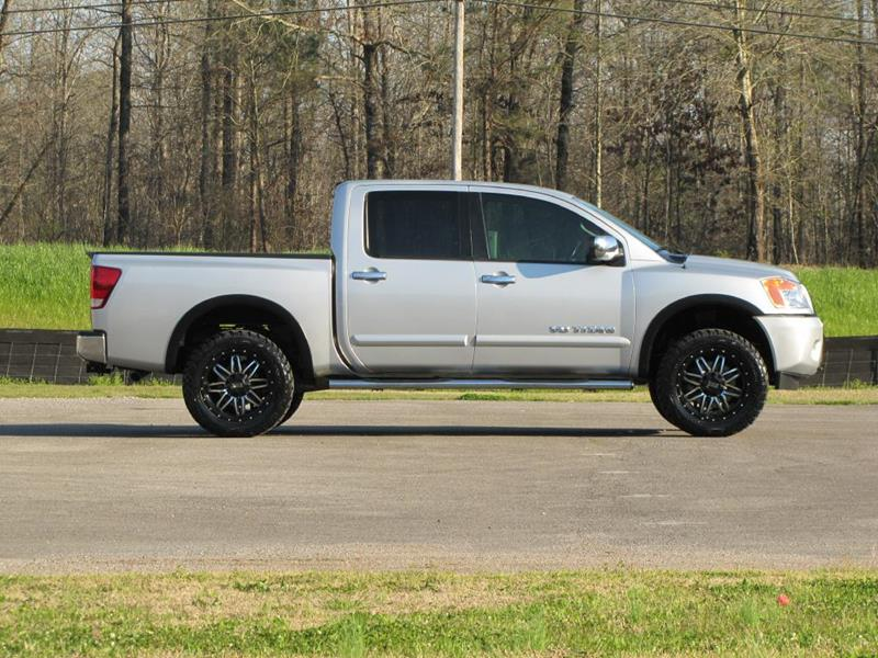 Hometown Auto Sales >> 2015 Nissan Titan Sv In Jasper Al Hometown Auto Sales Llc
