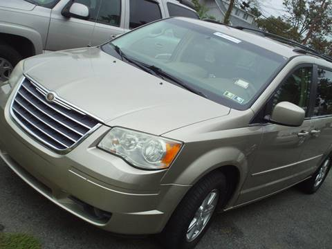 2008 Chrysler Town and Country for sale in Capitol Heights, MD