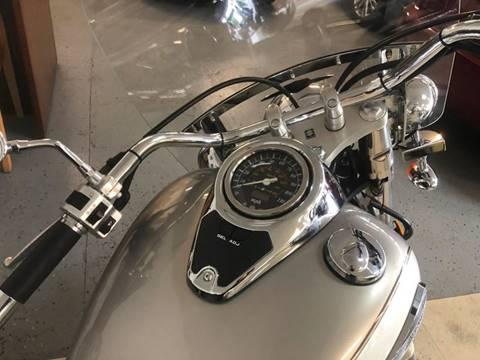 2004 Suzuki VL800