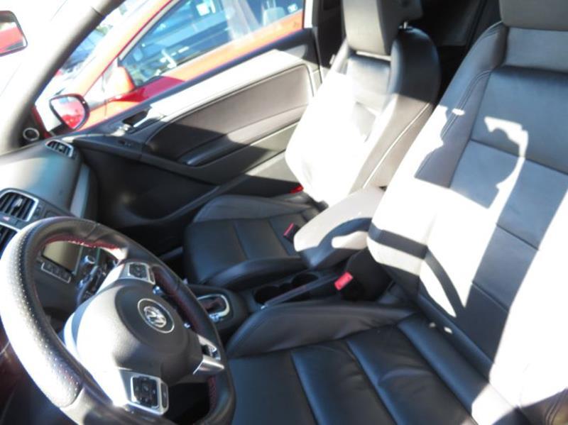 2012 Volkswagen GTI Base PZEV 6A  Autobahn Package