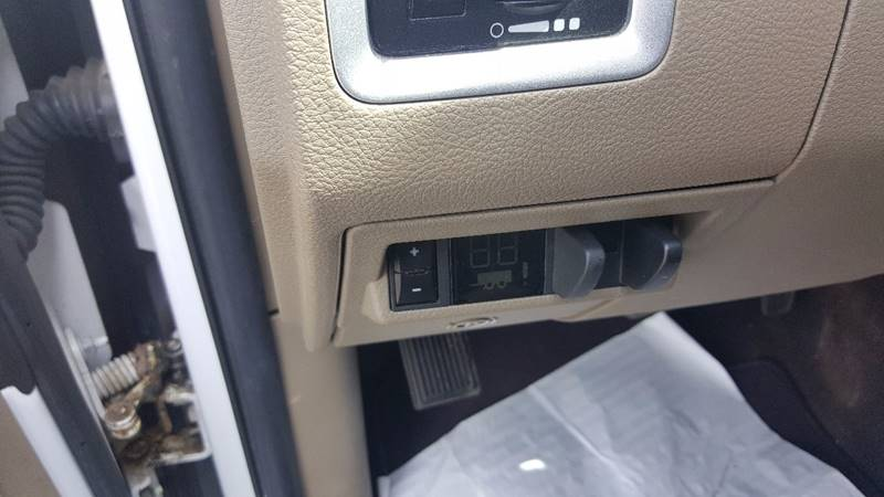 2011 RAM Ram Pickup 1500 4x4 Big Horn 4dr Quad Cab 6.3 ft. SB Pickup - Hazel Park MI