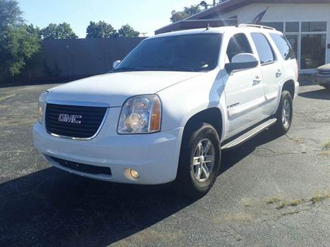 2007 GMC Yukon for sale at Global Auto Sales in Hazel Park MI