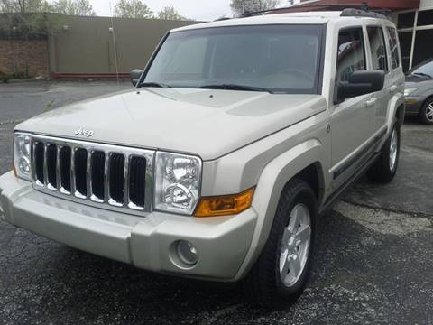 2007 Jeep Commander for sale at Global Auto Sales in Hazel Park MI