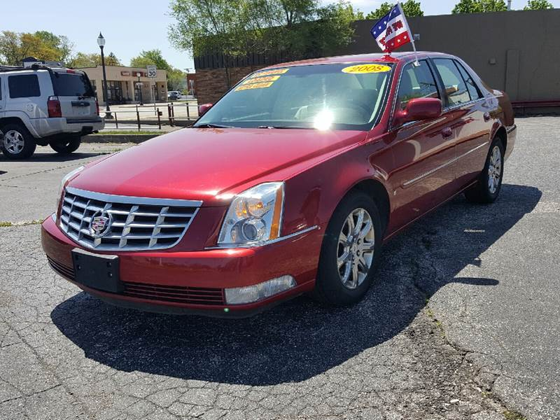 2008 Cadillac DTS for sale at Global Auto Sales in Hazel Park MI
