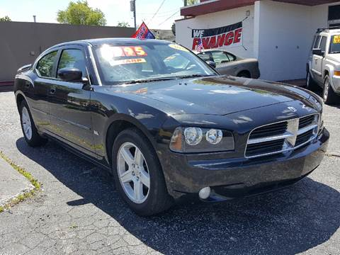 2010 Dodge Charger for sale at Global Auto Sales in Hazel Park MI
