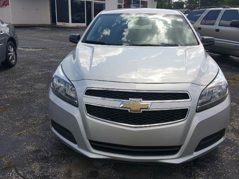 2013 Chevrolet Malibu for sale at Global Auto Sales in Hazel Park MI