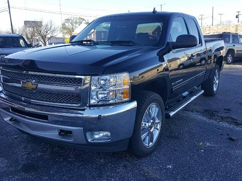 2013 Chevrolet Silverado 1500 for sale at Global Auto Sales in Hazel Park MI