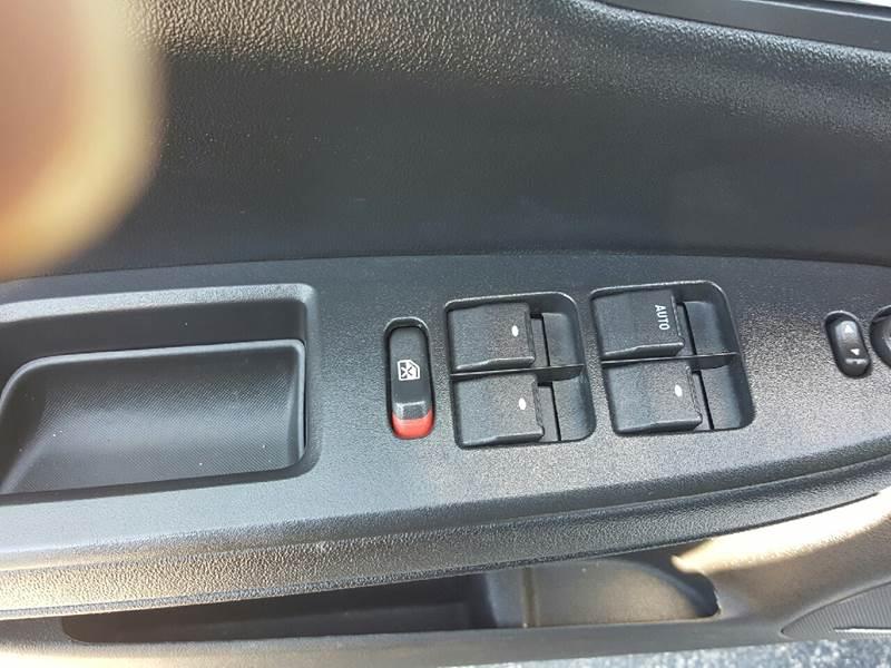 2010 Chevrolet Impala LTZ 4dr Sedan - Hazel Park MI
