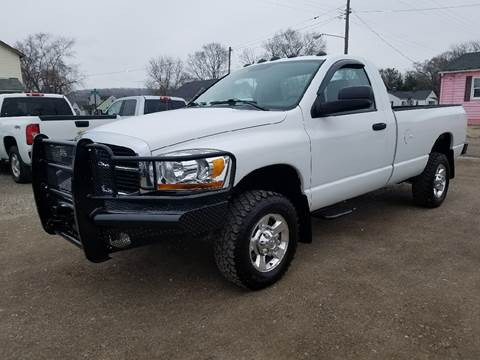 2006 Dodge Ram Pickup 2500 for sale at Rick's R & R Wholesale, LLC in Lancaster OH