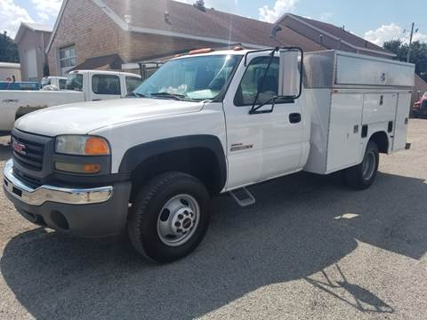 2005 GMC C/K 3500 Series for sale in Lancaster, OH